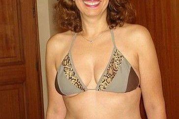 Femme-mure-à-la-retraire-cherche-homme-de-plus-de-40-ans